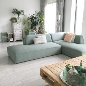 L-shaped sofa is the relax version of the long sofa. Its main feature is the extended terminal seat, which can be placed on any side.
